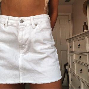 Gap white jean skirt